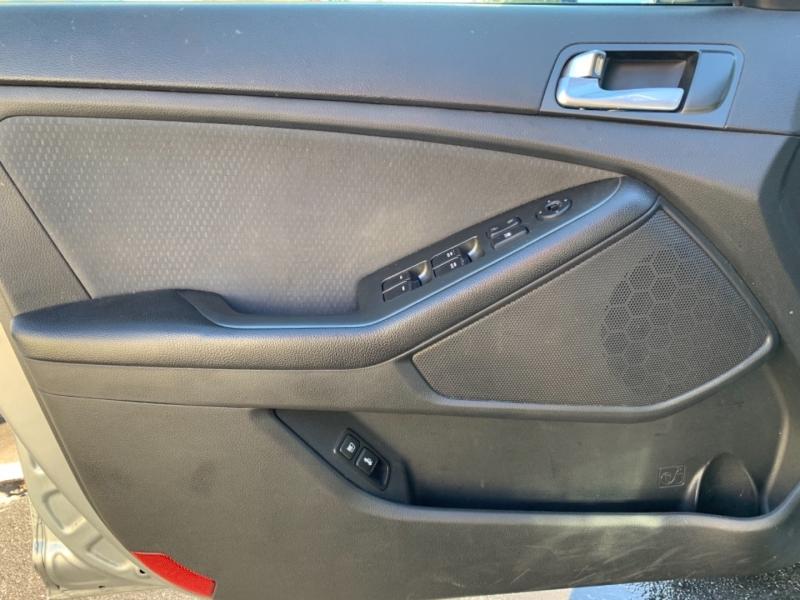Kia Optima Hybrid 2015 price $999 Down
