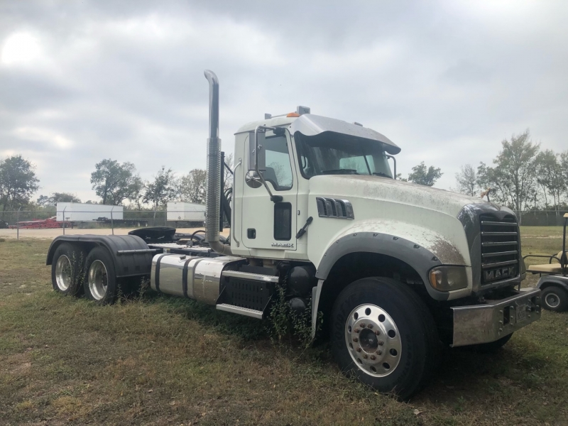 Mack Mack granite CV 713 ratio 3.70 2015 price $59,999