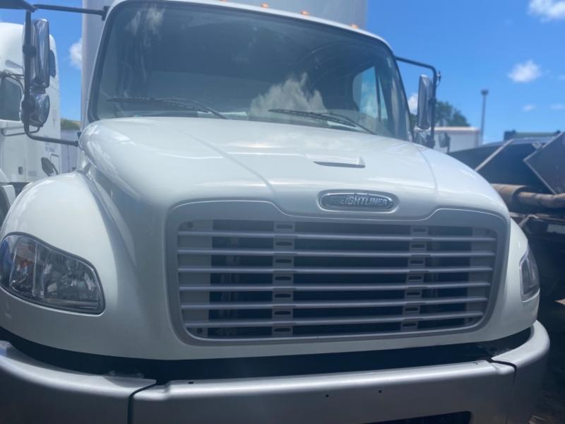 Freightliner M2 106 2015 price $44,950