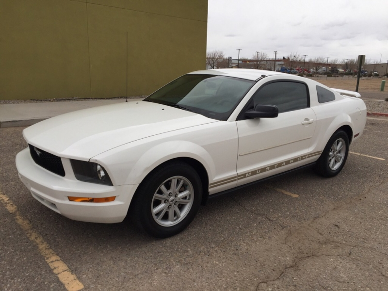 FORD MUSTANG 2005 price Call for Pricing.