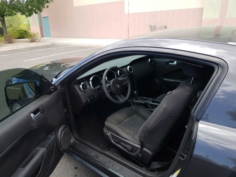 FORD MUSTANG 2008 price $2,500 Down