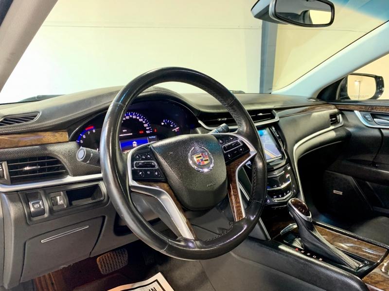 Cadillac XTS 2013 price $15,999