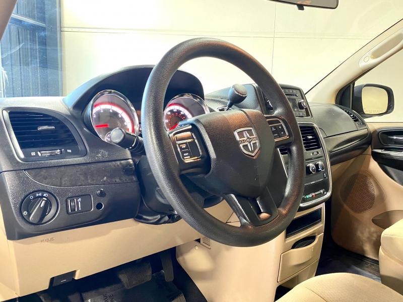 Dodge Grand Caravan 2014 price $13,999
