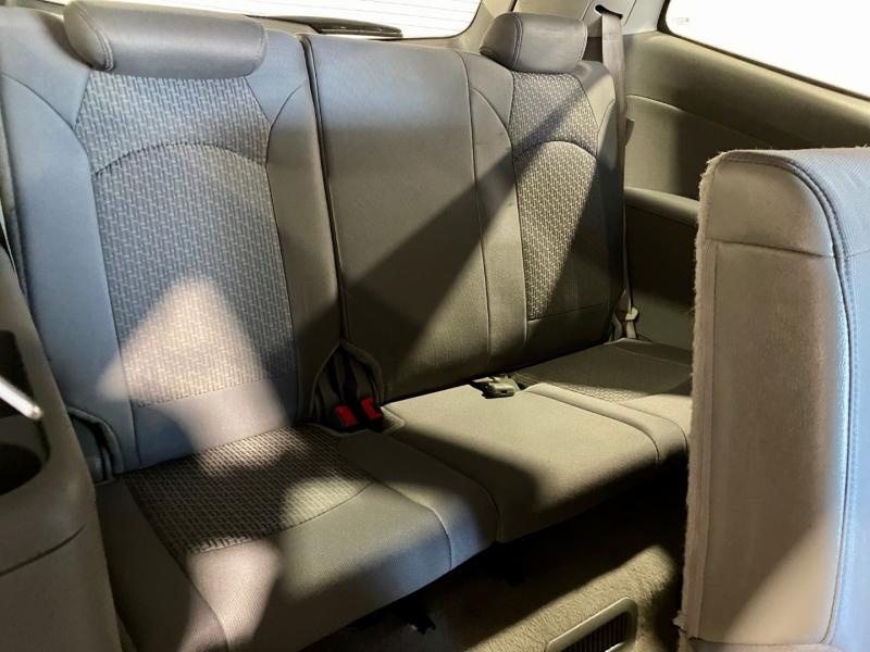 Chevrolet Traverse 2011 price $9,999