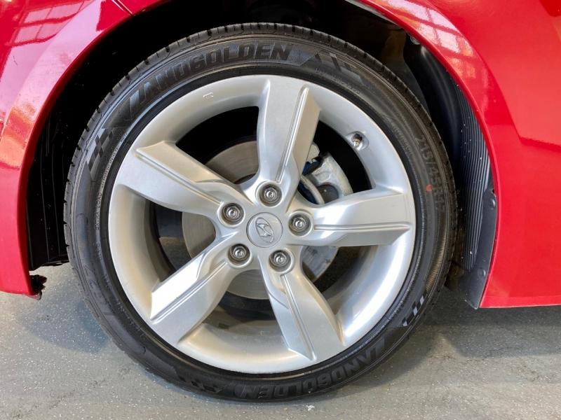 Hyundai Veloster 2012 price $9,500