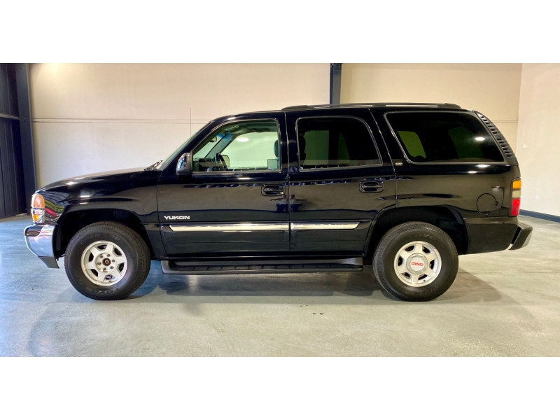 GMC Yukon 2004 price $8,999