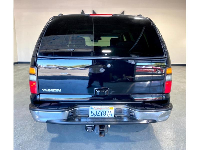 GMC Yukon 2004 price $8,999