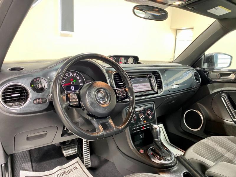 Volkswagen Beetle 2012 price $10,999