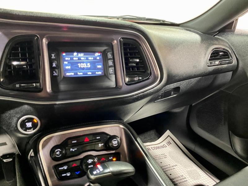 Dodge Challenger 2015 price $22,999