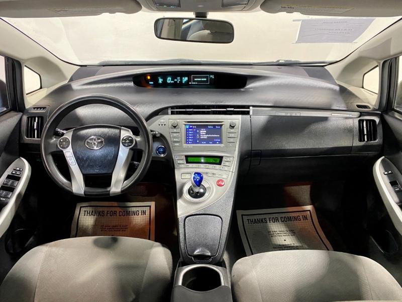 Toyota Prius Plug-In 2014 price $9,999