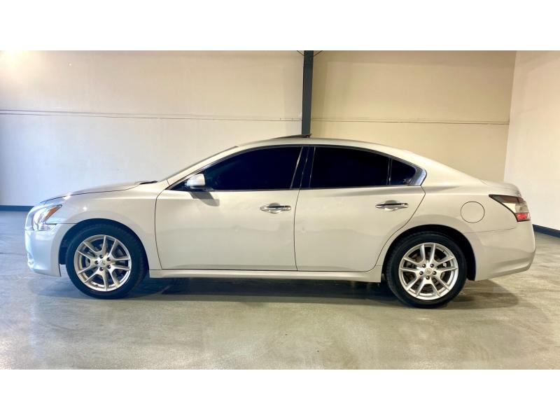 Nissan Maxima 2014 price $8,999
