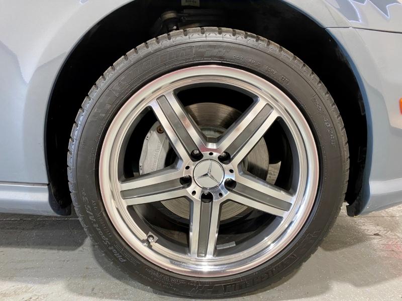 Mercedes-Benz CLS-Class 2006 price $10,999