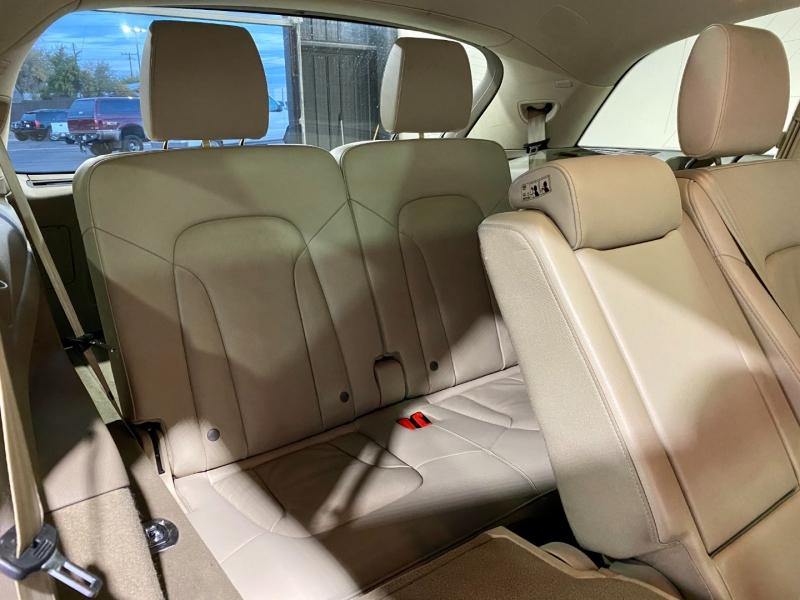Audi Q7 2012 price $18,500