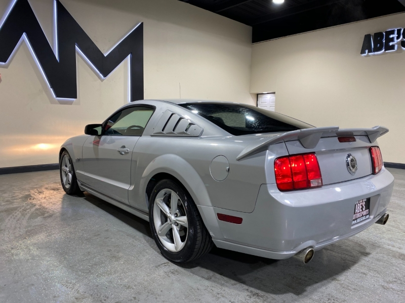 Ford Mustang 2007 price $12,999