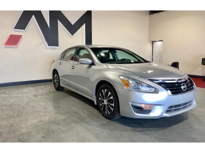 Nissan Altima 2014 price $10,999