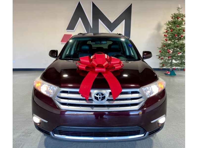 Toyota Highlander 2011 price $14,999