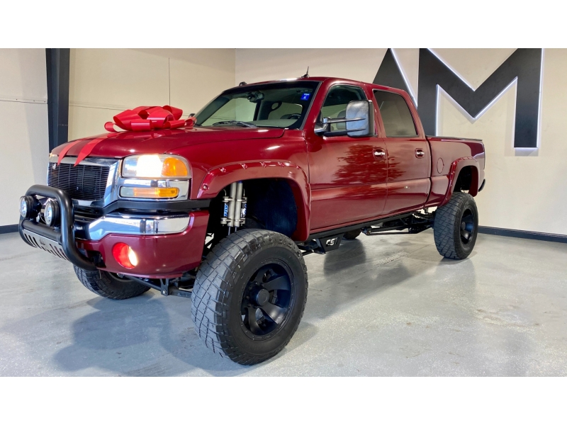 GMC Sierra 2500HD 2005 price $28,999