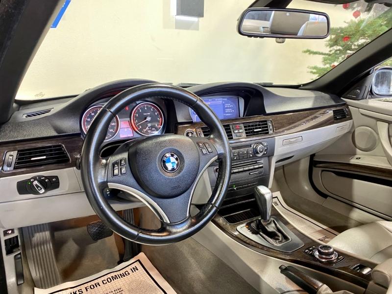 BMW 3-Series 2011 price $17,500