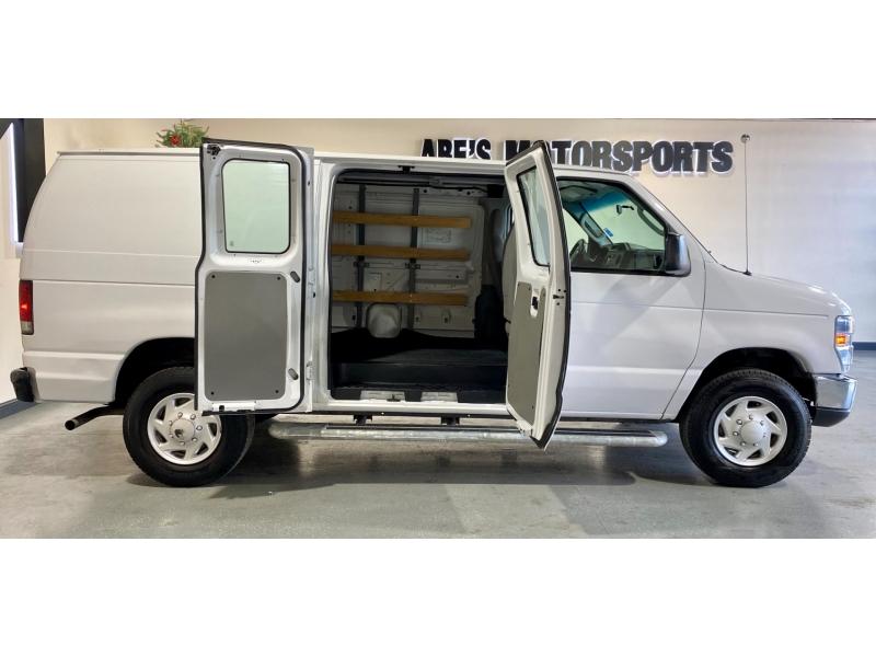 Ford Econoline Cargo Van 2013 price $19,999