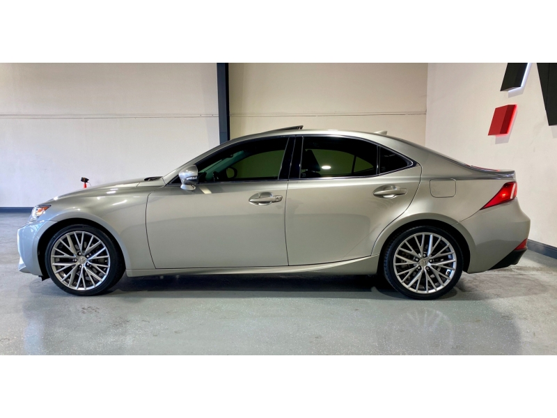 Lexus IS 250 2014 price $17,999