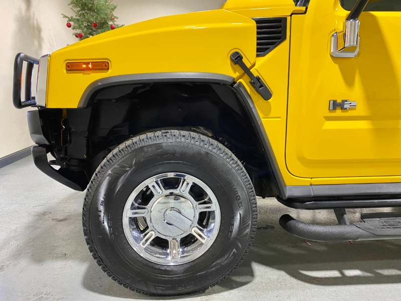 Hummer H2 2003 price $17,999