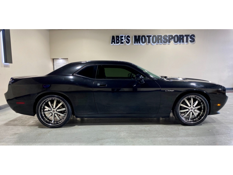 Dodge Challenger 2010 price $16,999