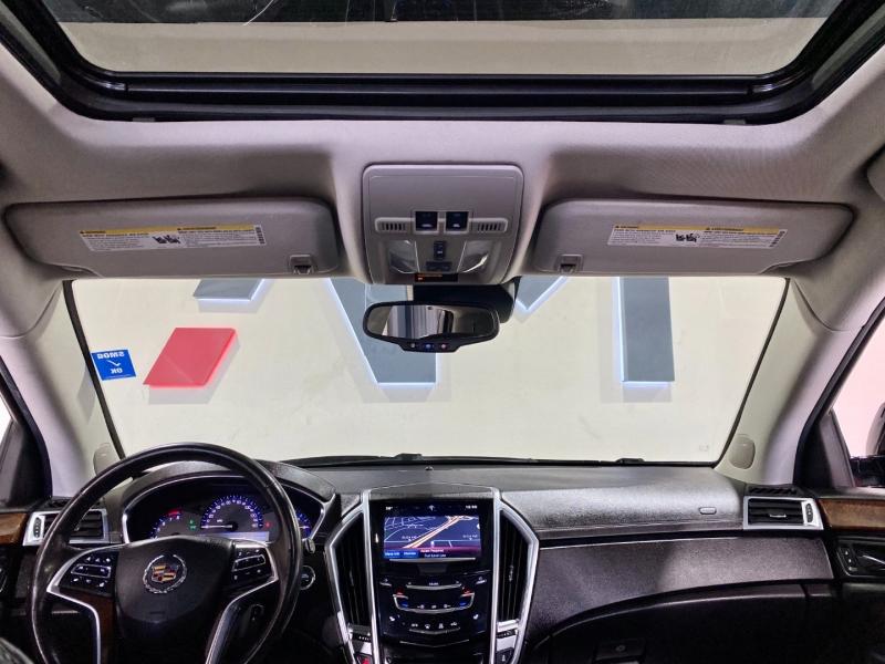 Cadillac SRX 2015 price $18,999