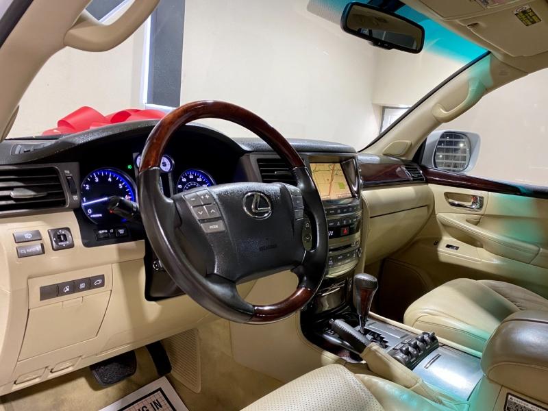 Lexus LX 570 2010 price $27,999