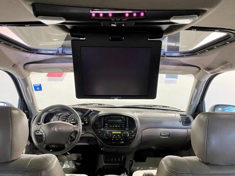 Toyota Sequoia 2005 price $12,999