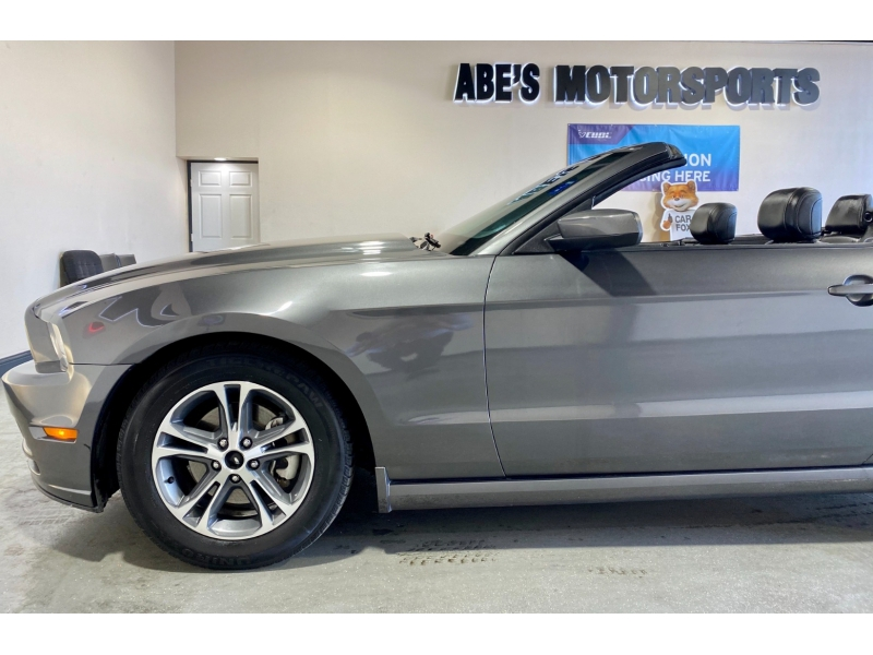 Ford Mustang 2014 price $12,999