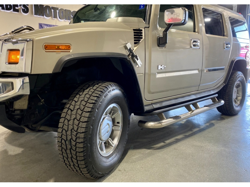 Hummer H2 2005 price $22,999