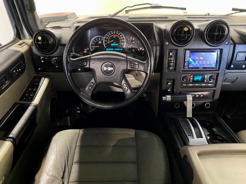 Hummer H2 2005 price $18,500