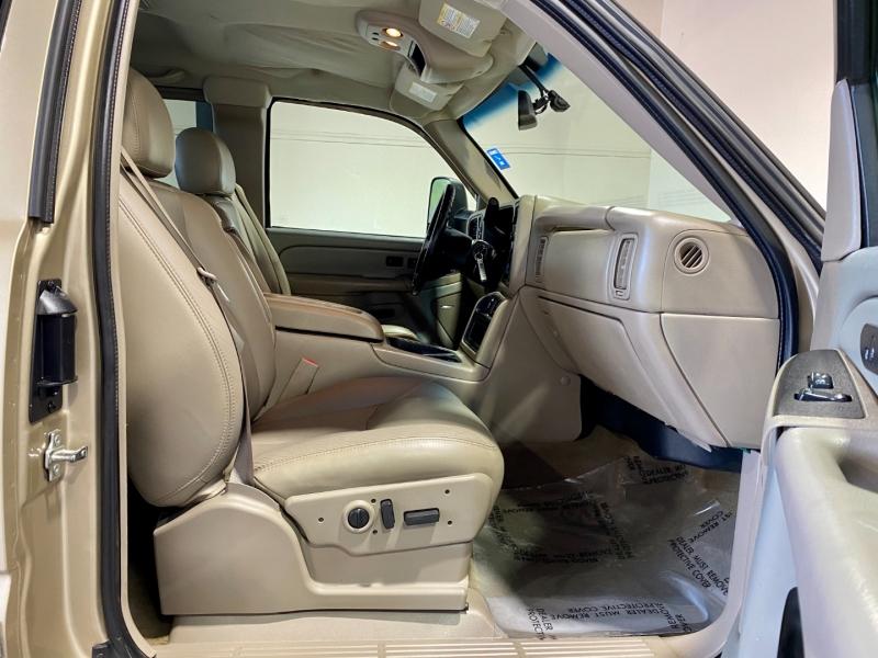 GMC Sierra 2500HD 2006 price $27,999