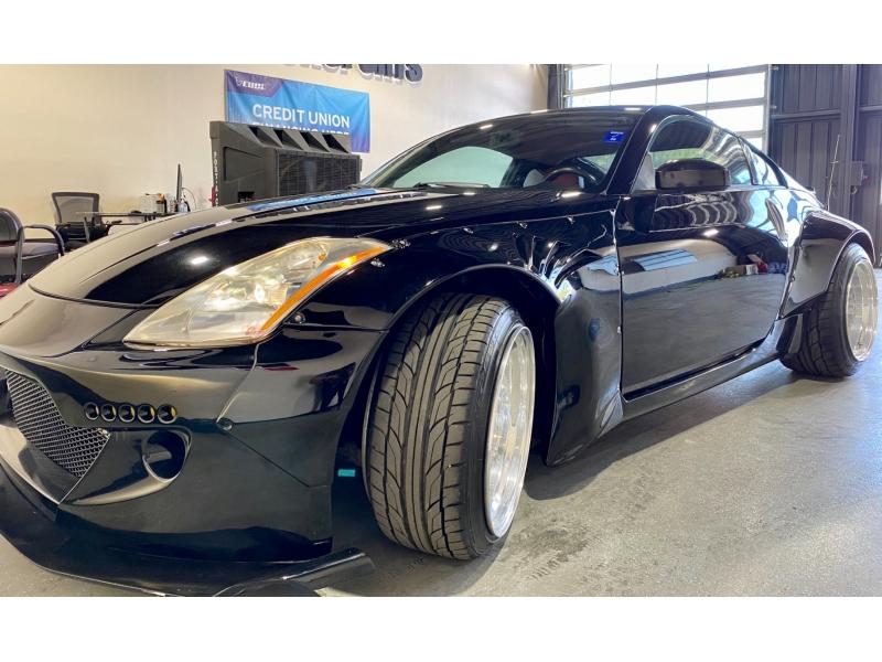 Nissan 350 Z 2005 price $16,999