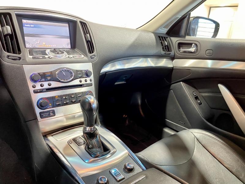 Infiniti G 37C 2012 price $23,999