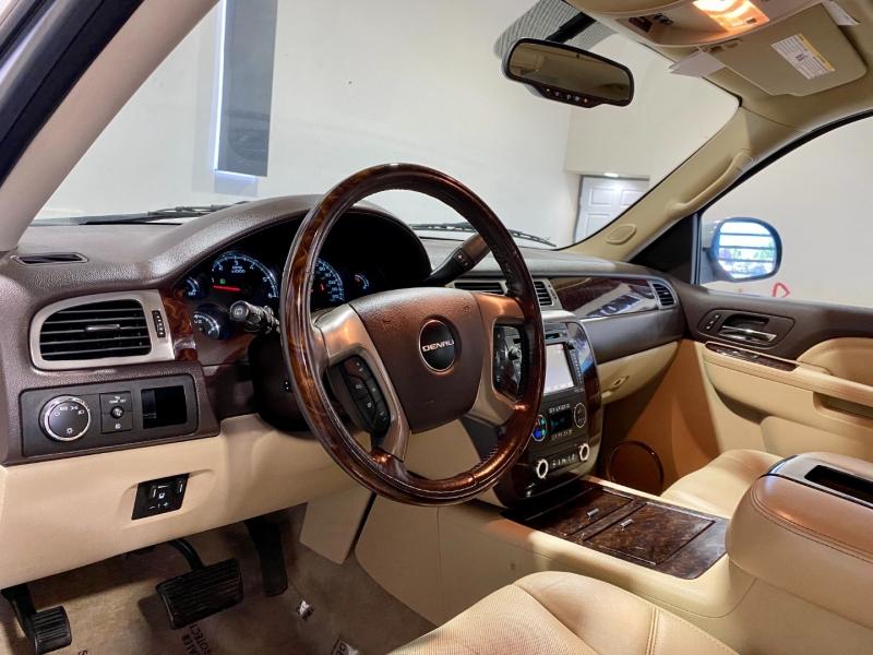 GMC Yukon XL 2012 price $26,999