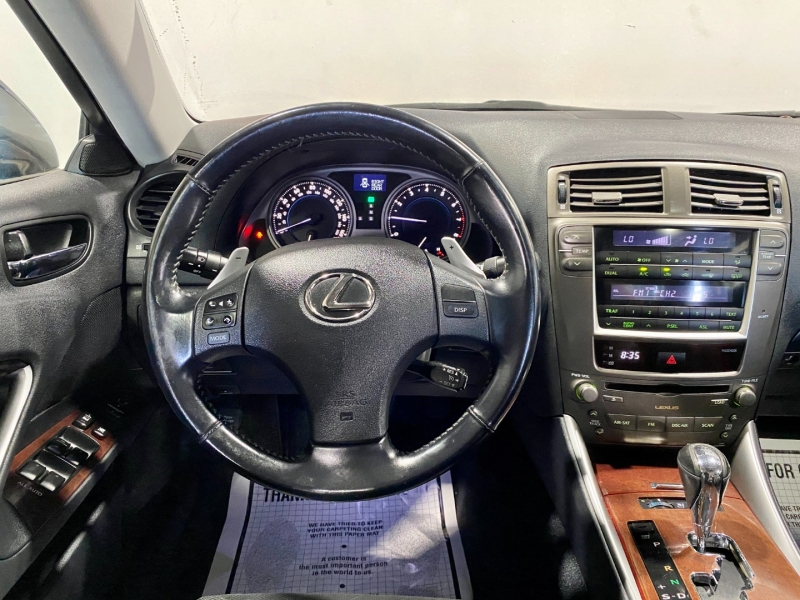 Lexus IS 250 2006 price $10,999