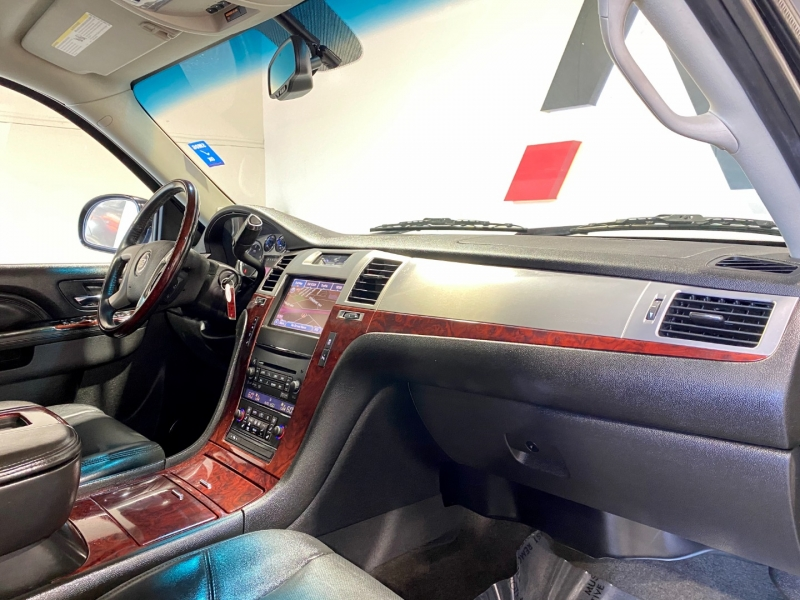 Cadillac Escalade ESV 2013 price $22,997