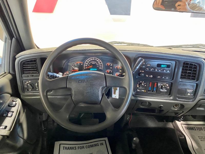 GMC Sierra 2500HD 2004 price $24,999