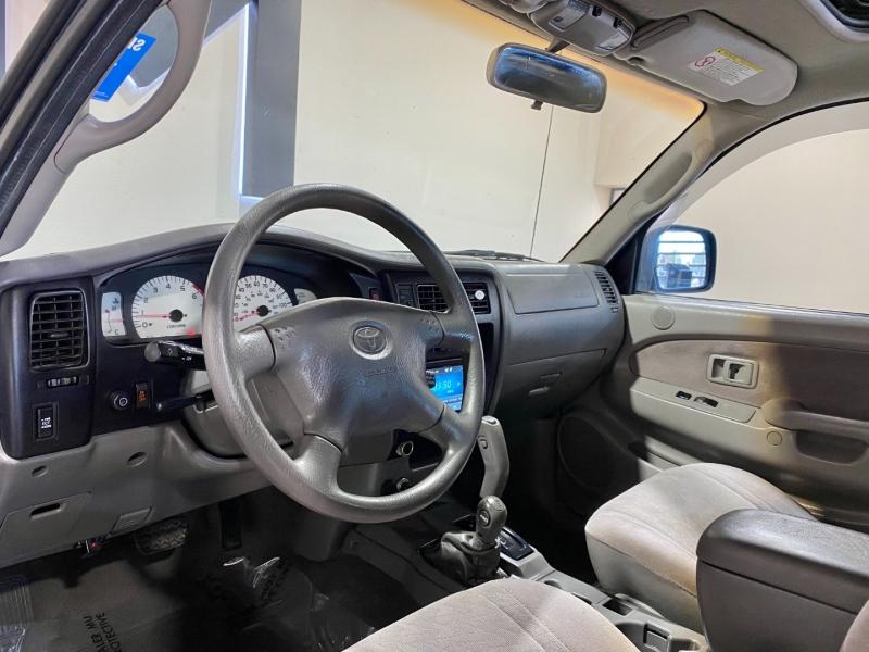 Toyota Tacoma 2002 price $17,999