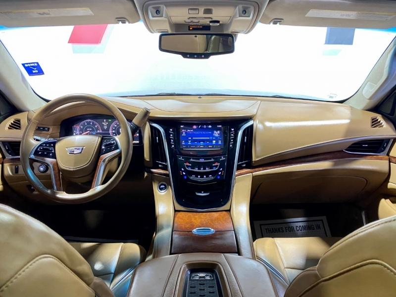 Cadillac Escalade ESV 2015 price $42,795