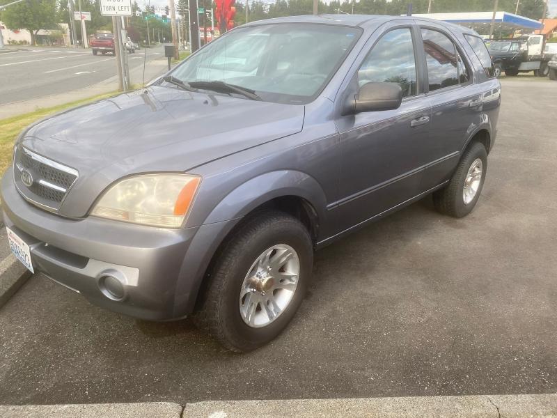 Kia Sorento 2005 price $4,795