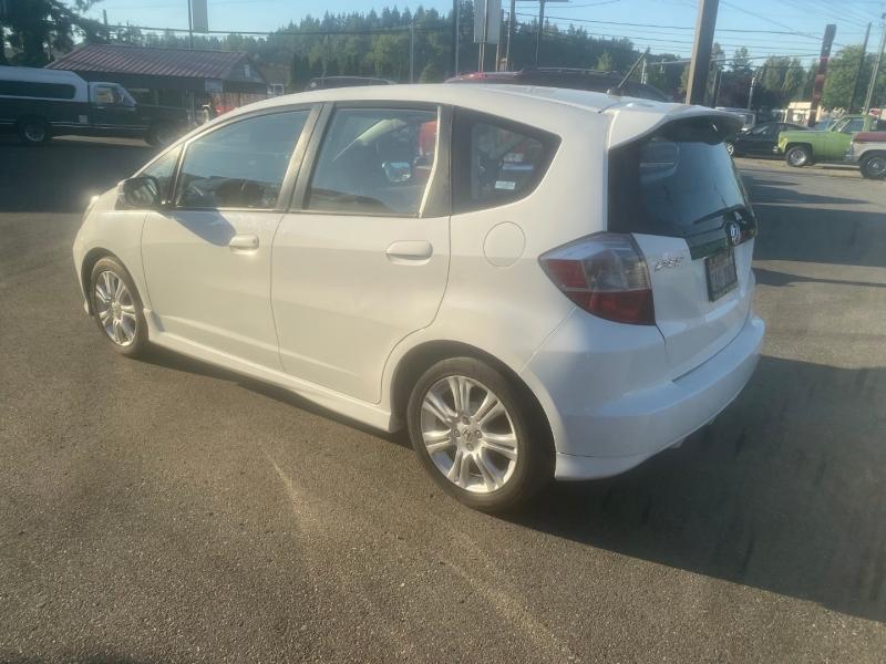 Honda Fit 2009 price $7,895