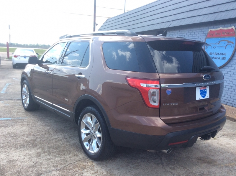 Ford Explorer 2012 price $15,800