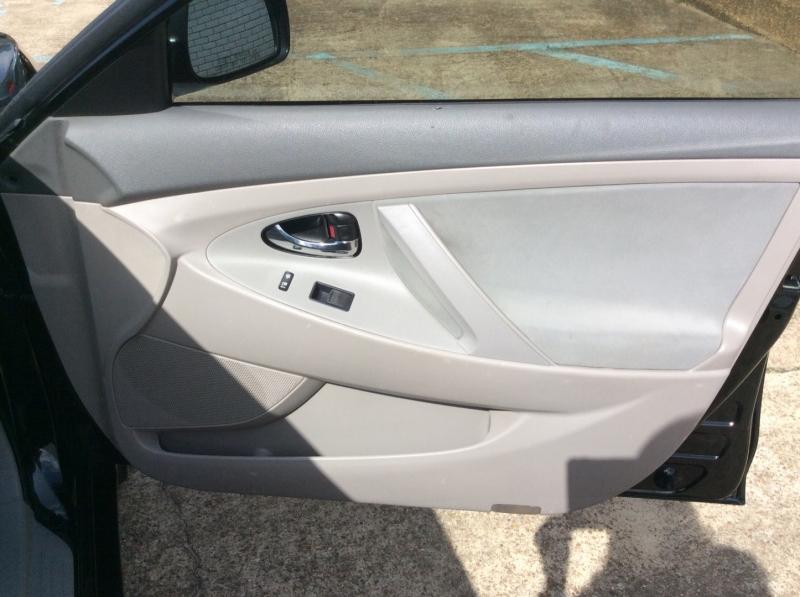 Toyota Camry 2009 price $5,990