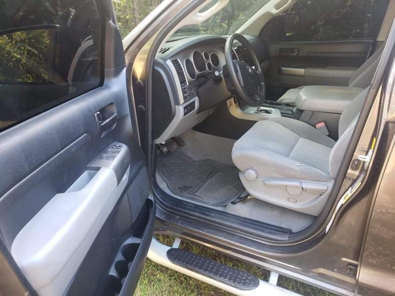 Toyota Tundra 2WD Truck 2011 price $17,900