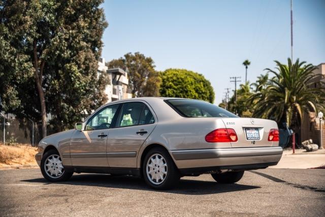 Mercedes-Benz E-Class 1997 price $8,900