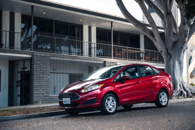 Ford Fiesta 2017 price $7,900