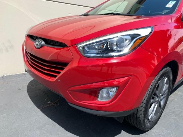 Hyundai Tucson 2015 price $9,900