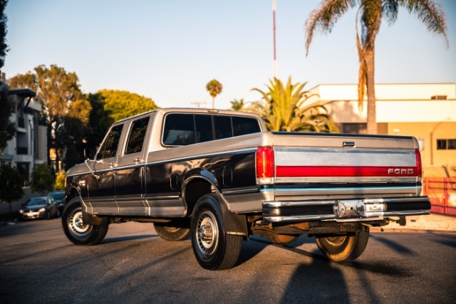 Ford F-350 1989 price $15,900
